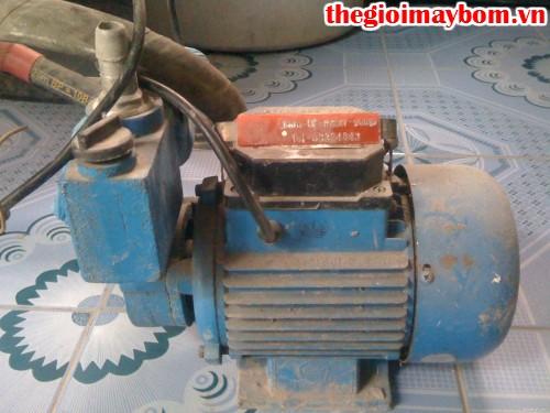 Lắp máy bơm nước thải